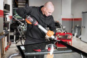 Autoglas Reparatur & Austausch